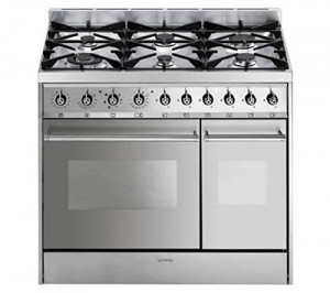 Smeg C92DX8 90cm Stainless Steel Dual Fuel Range Cooker with Double Oven and Gas Hob